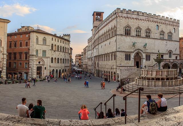 Piazza IV Novembre con la Fontana Maggiore
