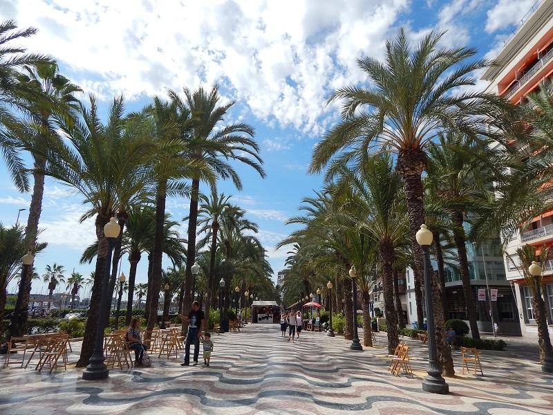 L'Esplanada de Espanya ad Alicante