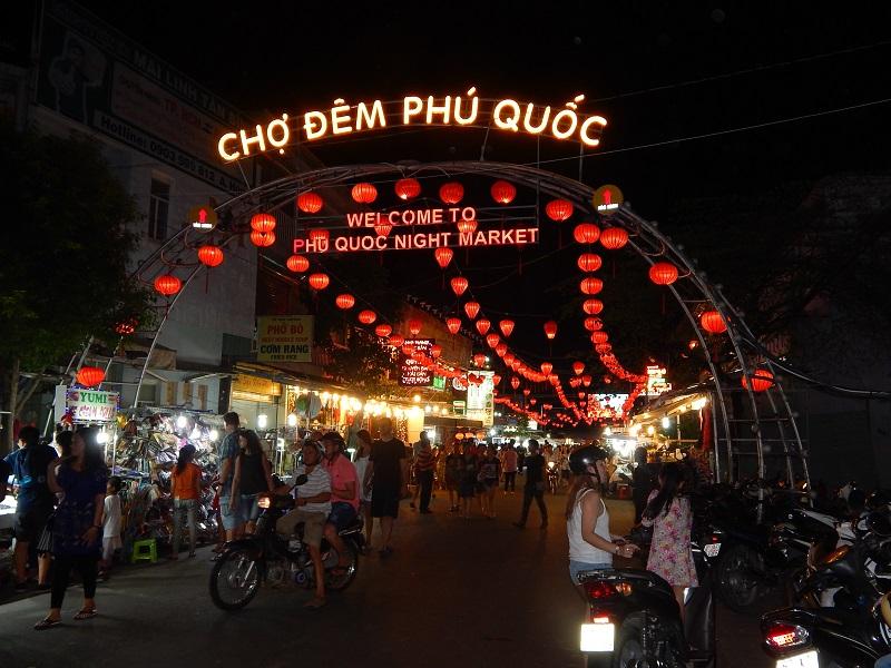 L'ingresso al mercato notturno di Phu Quoc