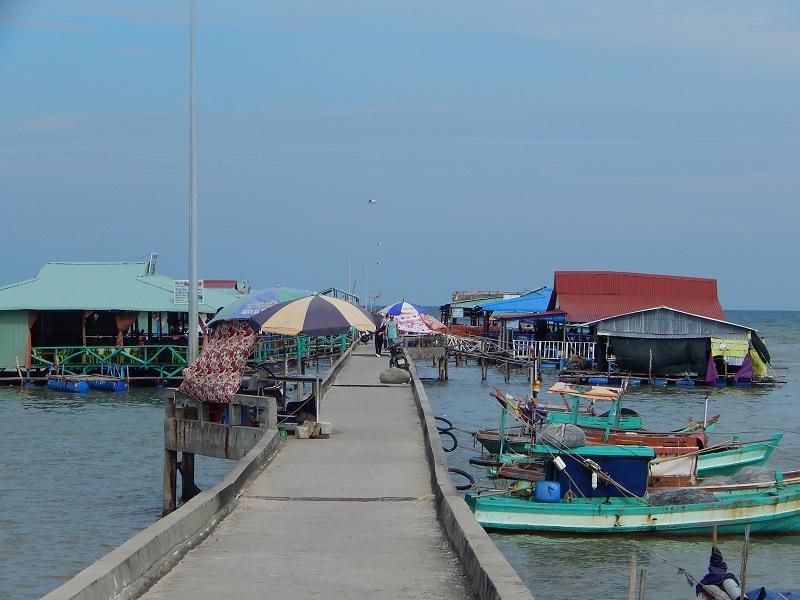 Il villaggio di pescatori di Ham Ninh