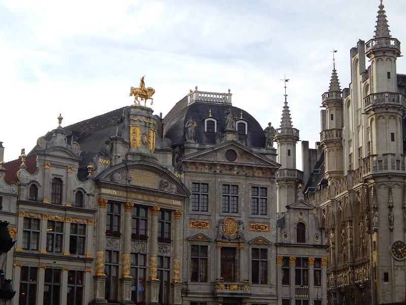 I magnifici palazzi della Grand Place, la piazza principale di Bruxelles