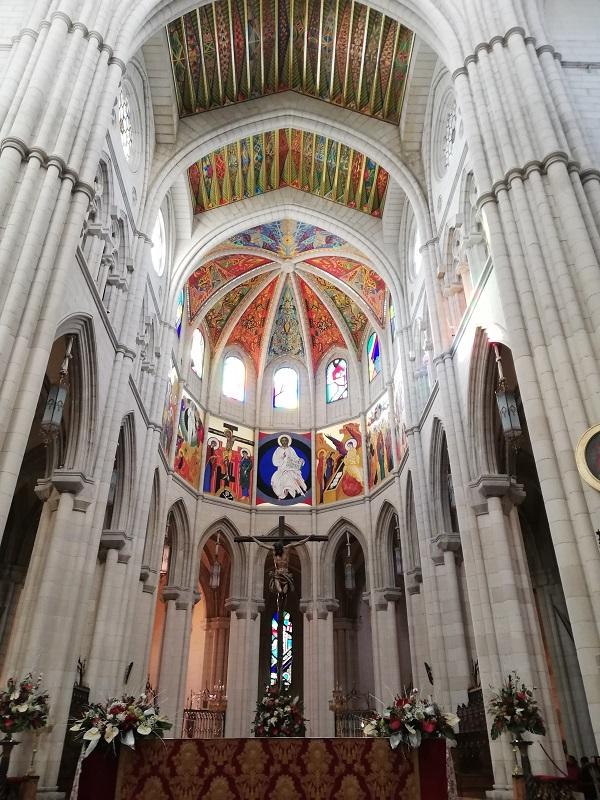 cattedrale dell'almudena madrid