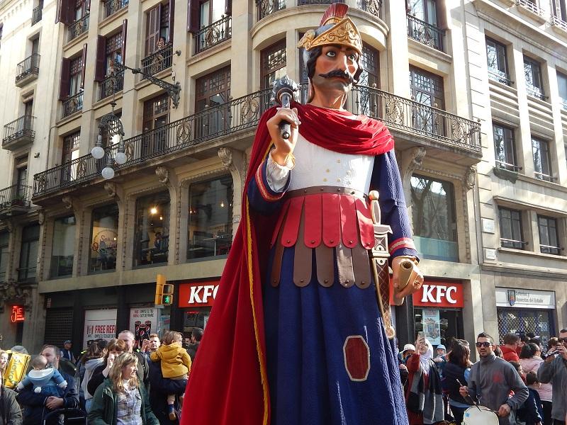 Festa di sant'Eulalia a Barcellona -processione dei giganti