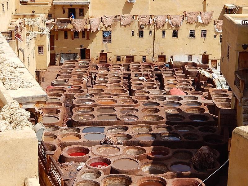 on the road in Marocco: concerie di Fes